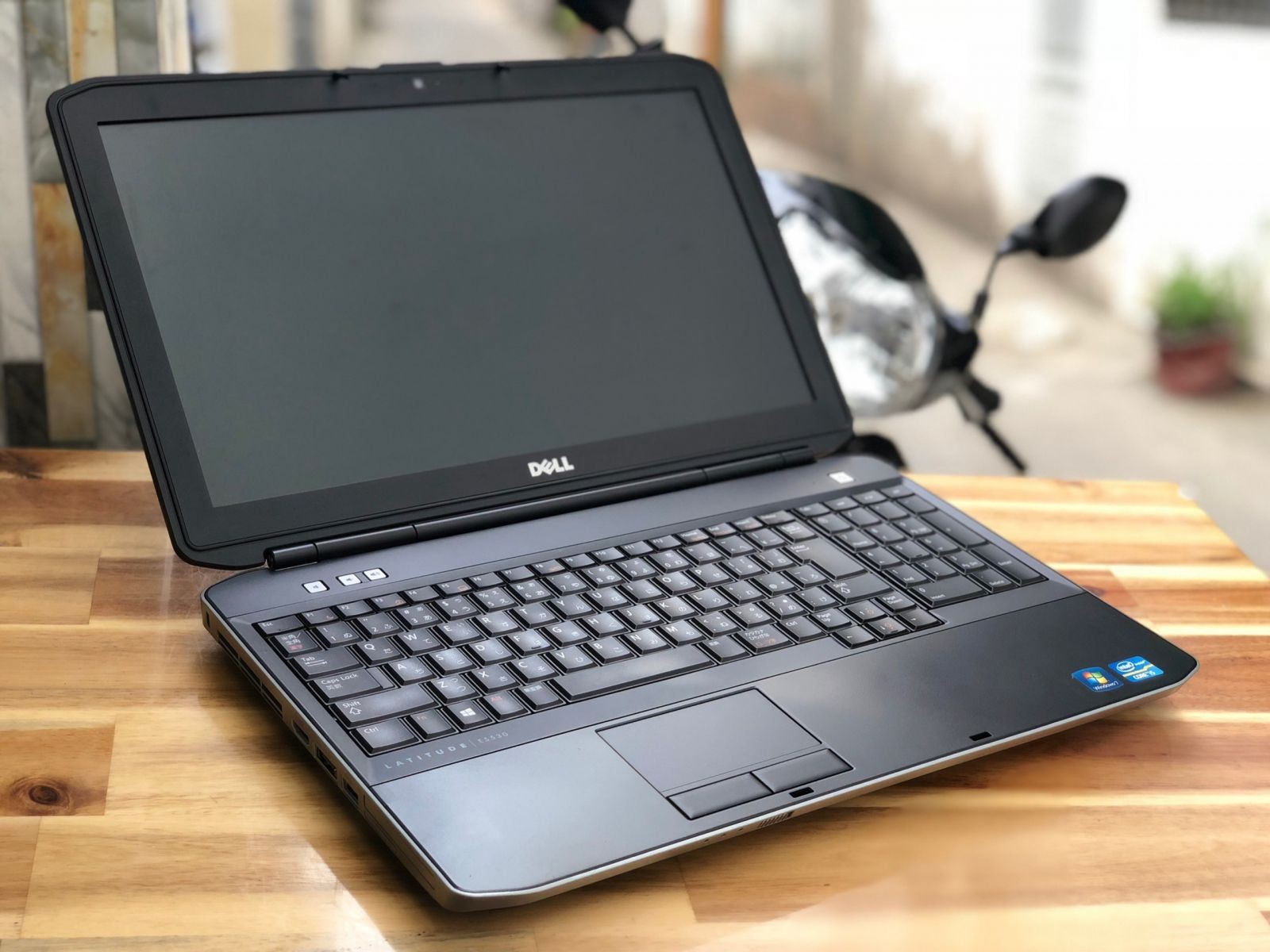 Dell Latitude E5530 Core i5 3210M_8GB