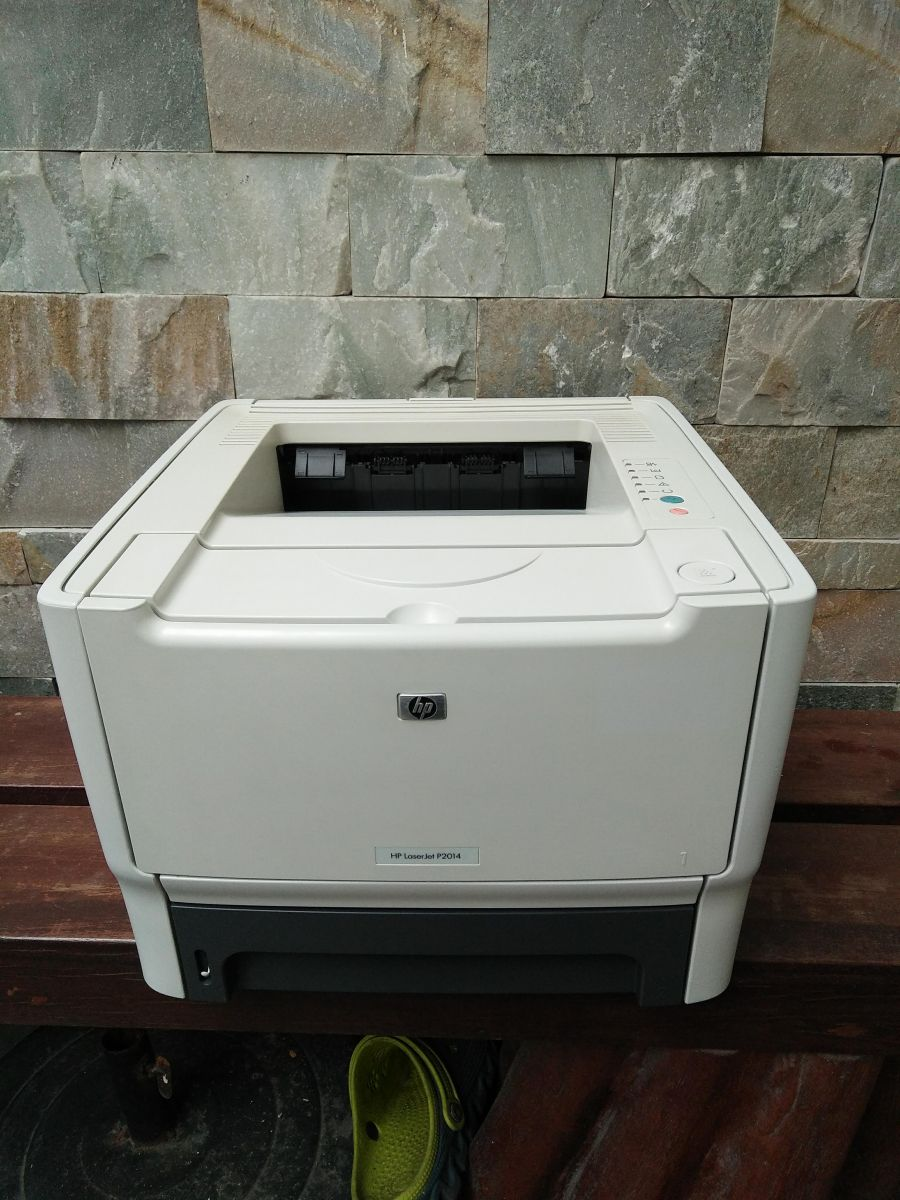 Máy in HP LaserJet P2014 Printer